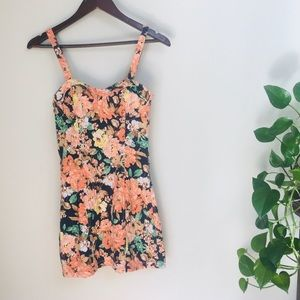 Mink Pink floral dress size extra small